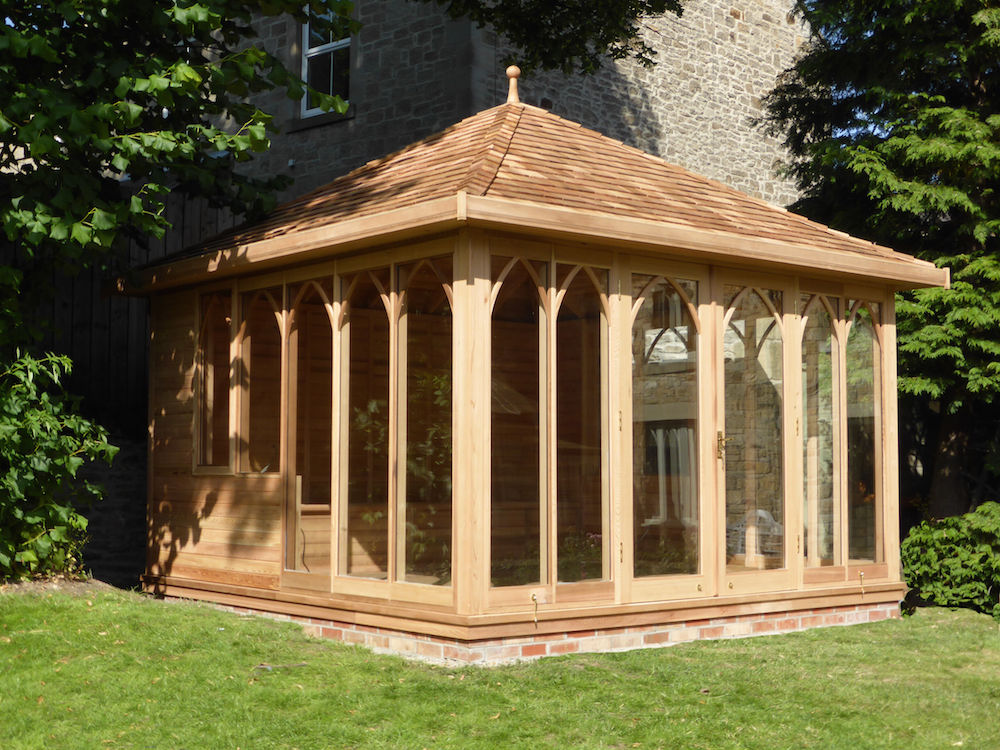 Cedar glass garden room stan fairbrother garden structures for Garden rooms uk